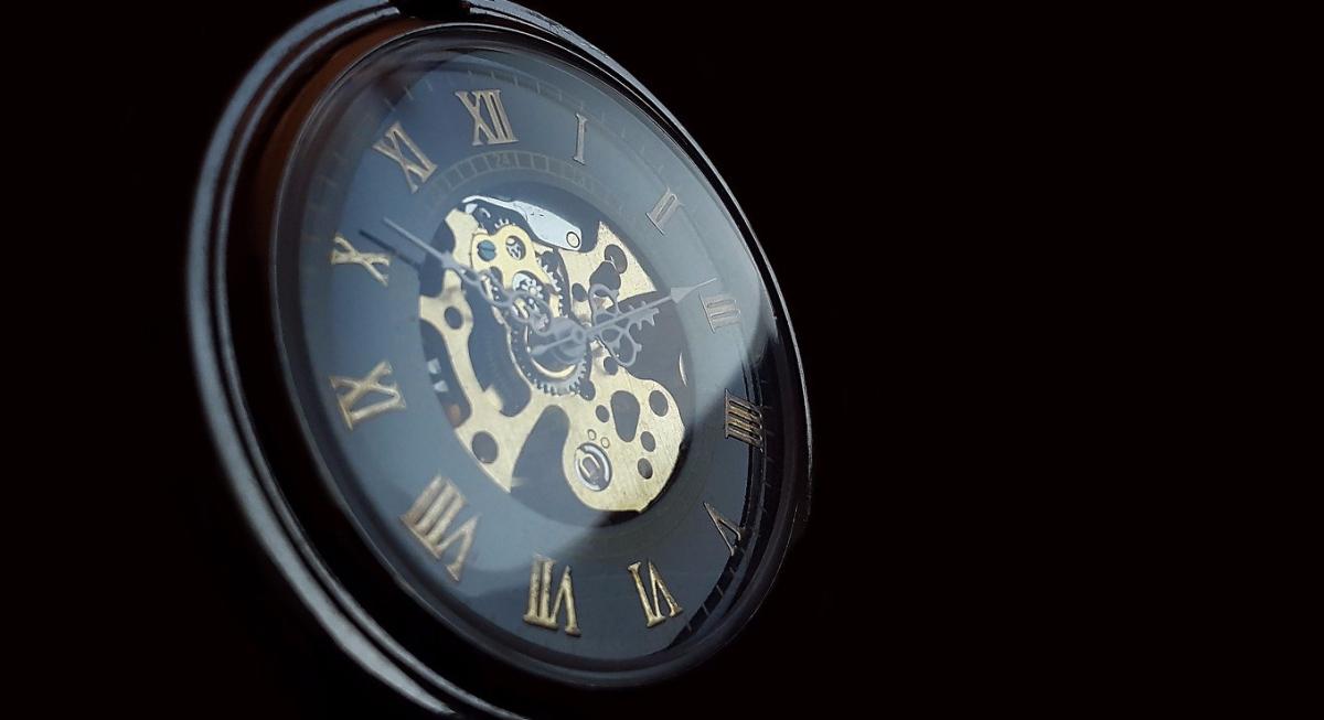 Mediocridad de tiempo - Relato Breve-Atemporal -